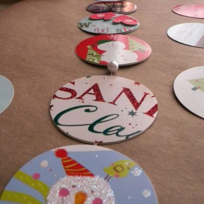 Use those old Christmas cards! Let's make a garland!
