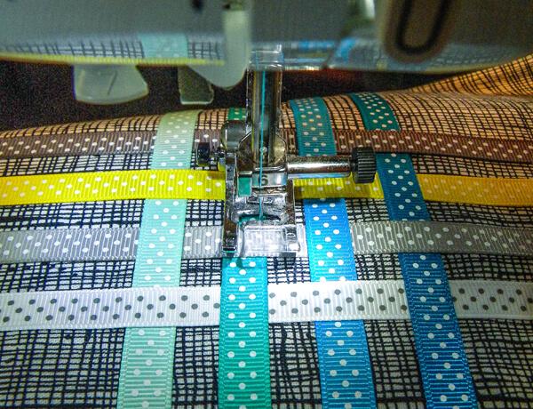 sewing machine working on Ribbon Tote