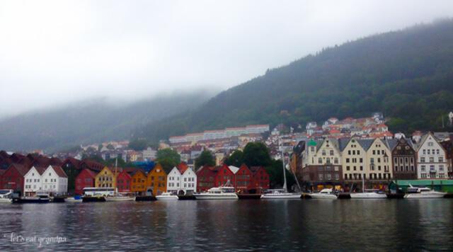 Honeymoon Travelogue - Bergen - Let's Eat Grandpa