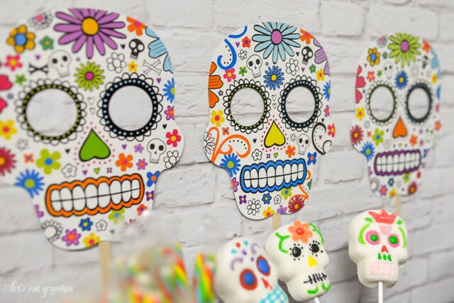 Dia de los Muertos candy bar from www.letseatgrandpa.com | Tons of great ideas from @worldmarket