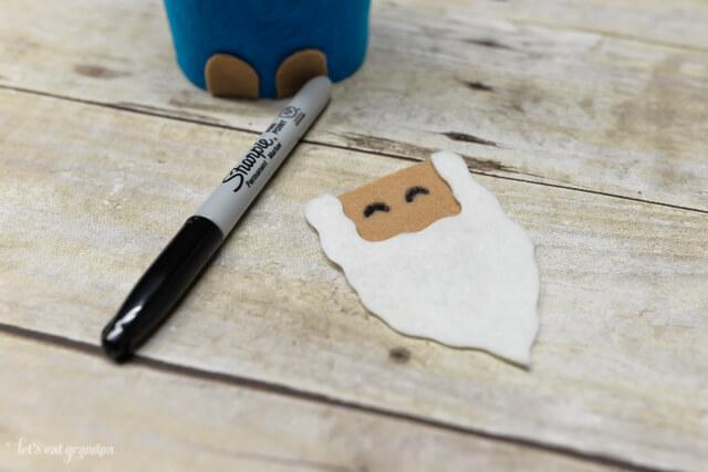 felt face and beard cutout for gnome