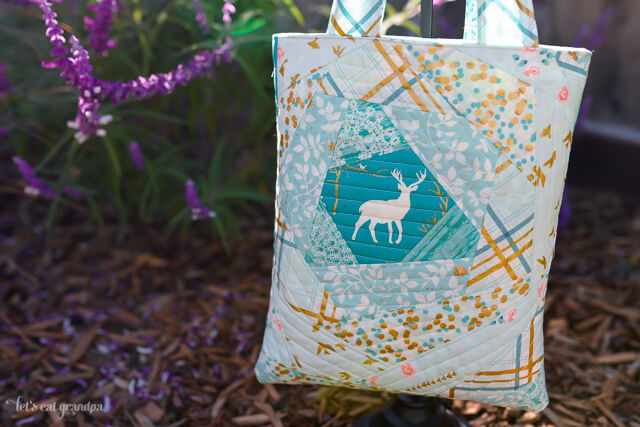 """Using the """"Bloomin' Quilt-As-You-Go"""" method, you can make really cute tote bags, like this one using Brambleberry Ridge from @shabbyfabrics!"""