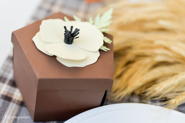 paper floral gift box at table