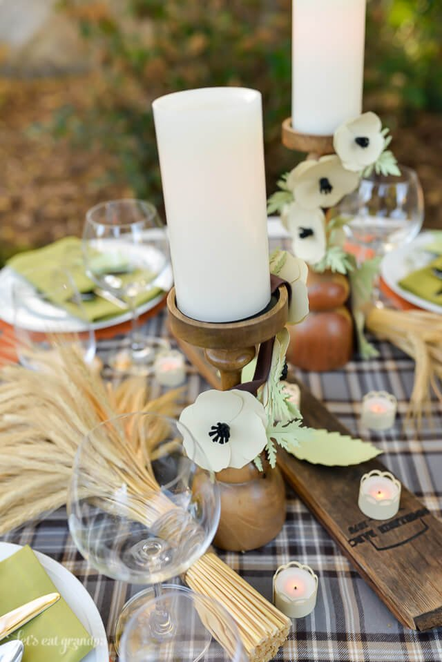 candle stick decor for Thanksgiving table setting