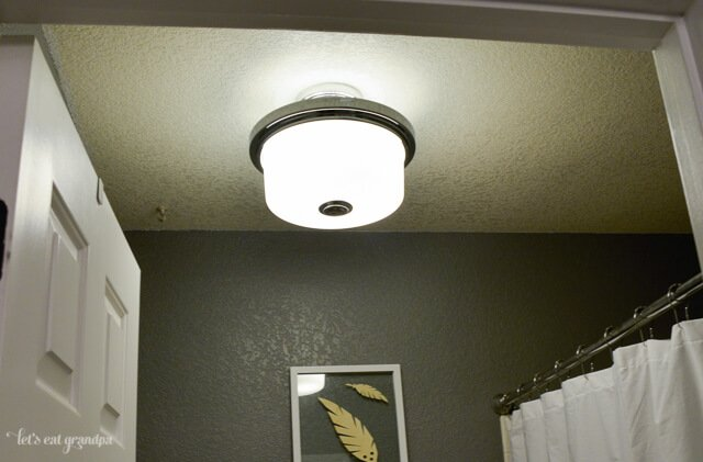 light fixtures for finished 1980s bathroom makeover