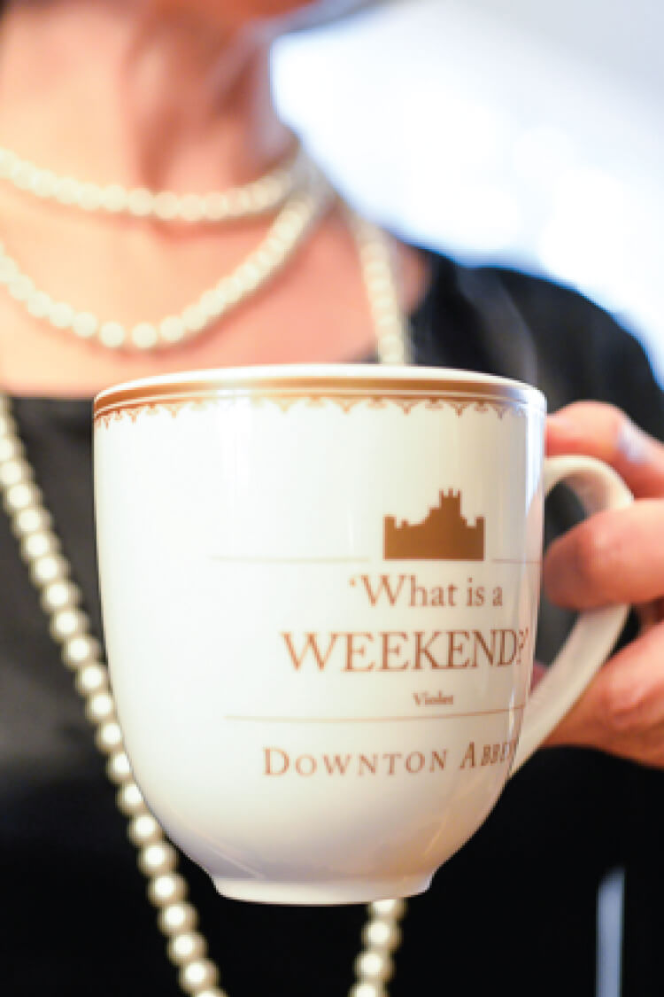 Love Downton Abbey? I have everything you need to throw a party with style! Stop by to get free Downton Abbey printables and games, too!