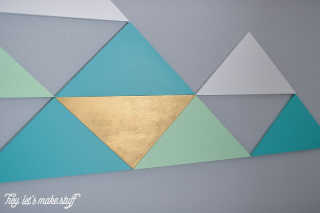 Using MDF triangles, easily make these geometric mountains in whatever color combination you'd like! Perfect for filling up large walls -- it's nearly six feet across!
