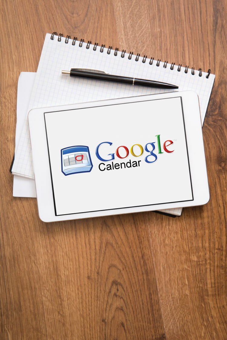 You can easily organize your blog using Google Calendar. It's the perfect tool for creating and maintaining an editorial calendar, and it's great for organizing your life, too!