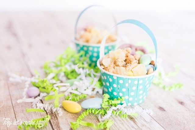 Mini Easter basket snack cups