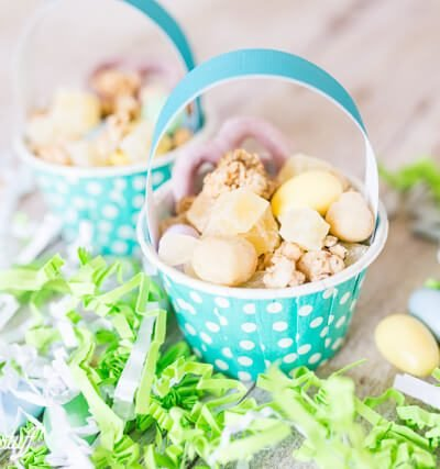 Sweet Spring Snack Mix Baskets
