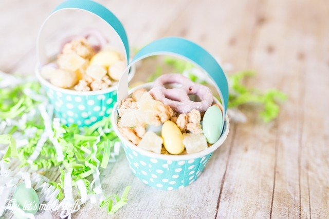 closeup of mini Easter basket snack cups