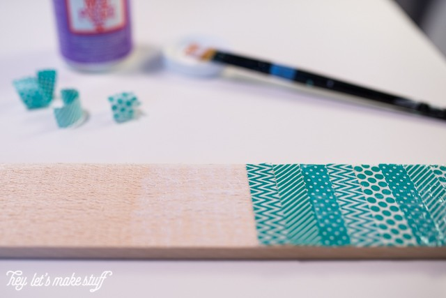 Update a plain wood arrow with washi tape and Mod Podge! An easy project, perfect for a gallery wall.
