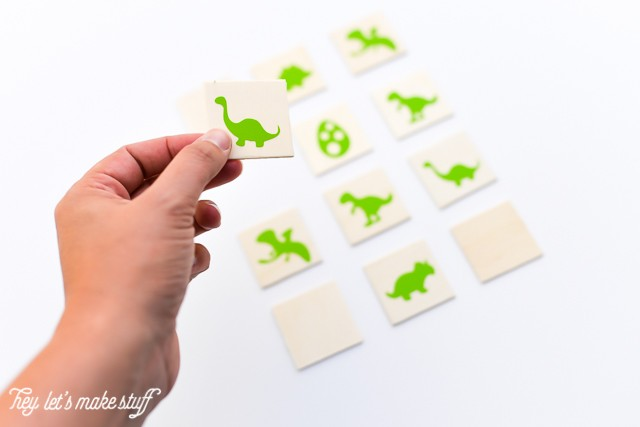 Match-a-Saurus! Make this fun and easy kid's dinosaur matching game using your Cricut Explore One #CricutSummer