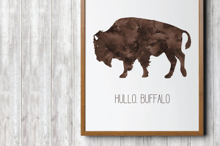 Buffalo are so cute in a nursery! This sweet Hullo Buffalo print is perfect for prairie or outdoorsy themes. A free printable from heyletsmakestuff.com.