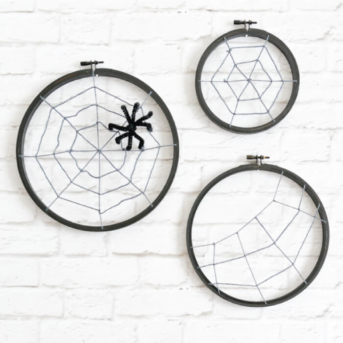 embroidery hoop Halloween spider hoops!