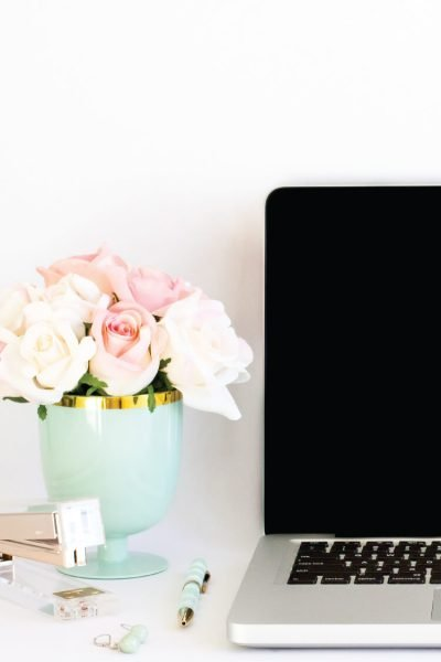 Learn the secret for hiding posts on your blog without losing traffic from Pinterest and other sources! Learn this and other blogging tips and tricks on TECH TUESDAY.