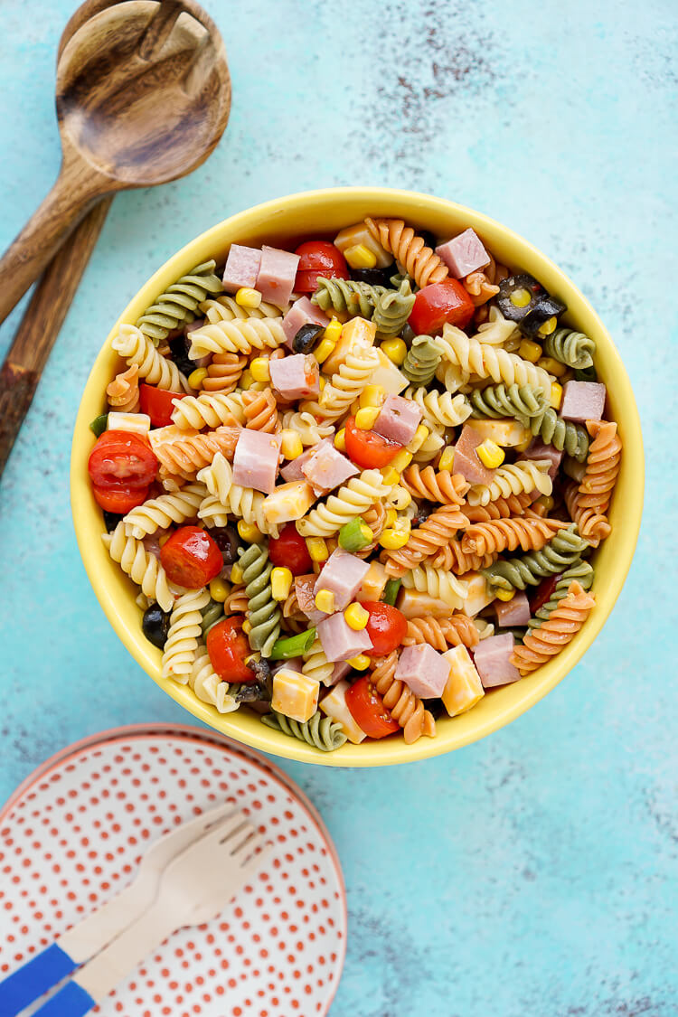 This Easy Summer Pasta Salad Is Perfect For Barbecues And Potlucks With Refreshing Seasonal Produce