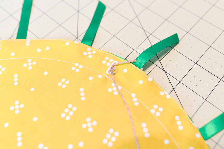 DIY cinched pineapple purse step 11