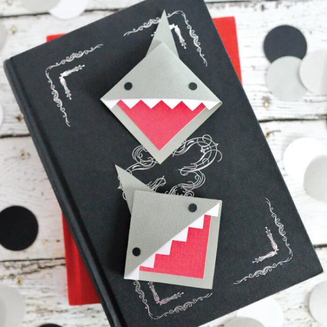 "Make these happy little ""shark mark"" bookmarks! Great for celebrating Shark Week or for any time you're diving into a particularly delicious book."