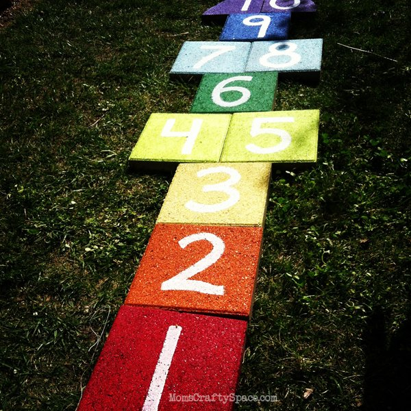 outdoor lawn games - hopscotch