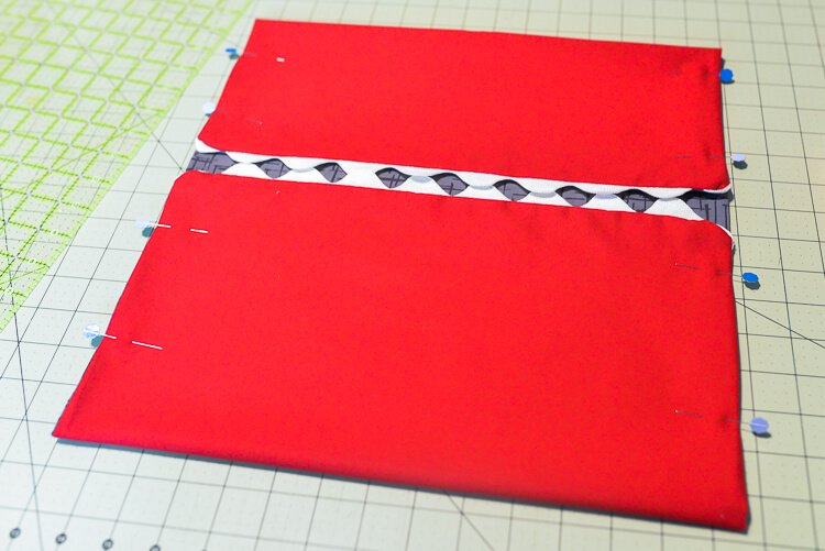 easy-sew shark clothespin holder supplies - sewing process