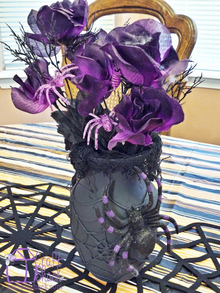 DIY spider web vase