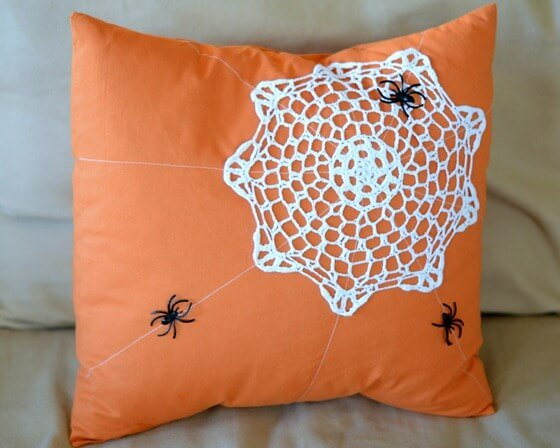 spider_web_doily_pillow_thumb