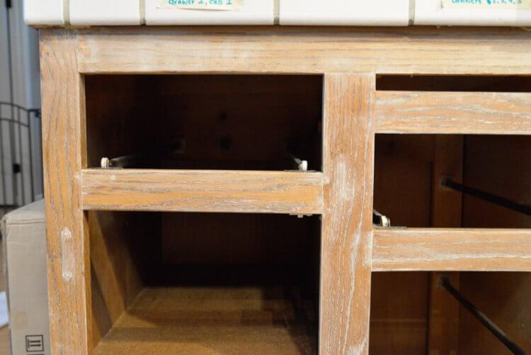 cabinet-filling-3