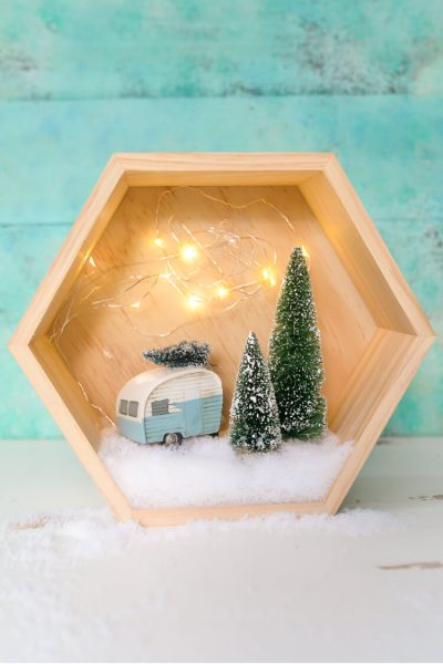 Easy Retro Winter Shadow Box