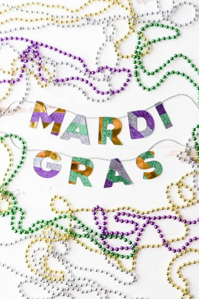 Easy Washi Tape Mardi Gras Garland
