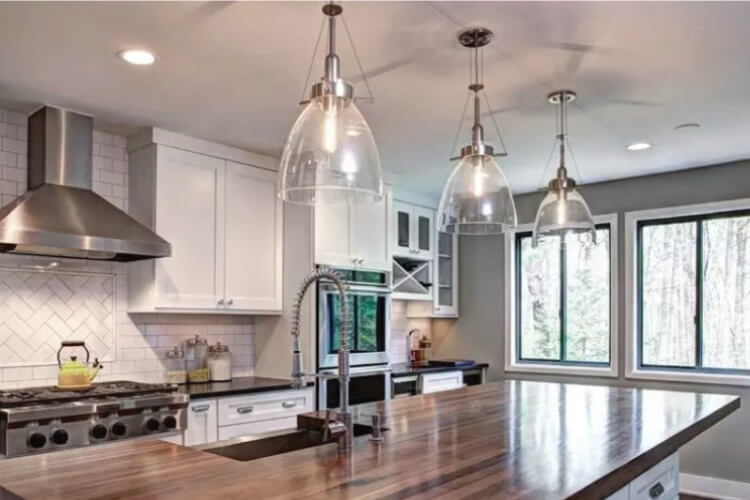 Genial Choosing Pendant Lighting For Your Kitchen Can Be A Daunting Task. With So  Many Styles