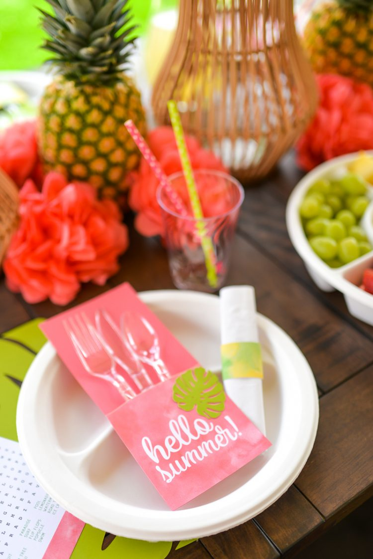 Tropical Table Setting Ideas For Summer