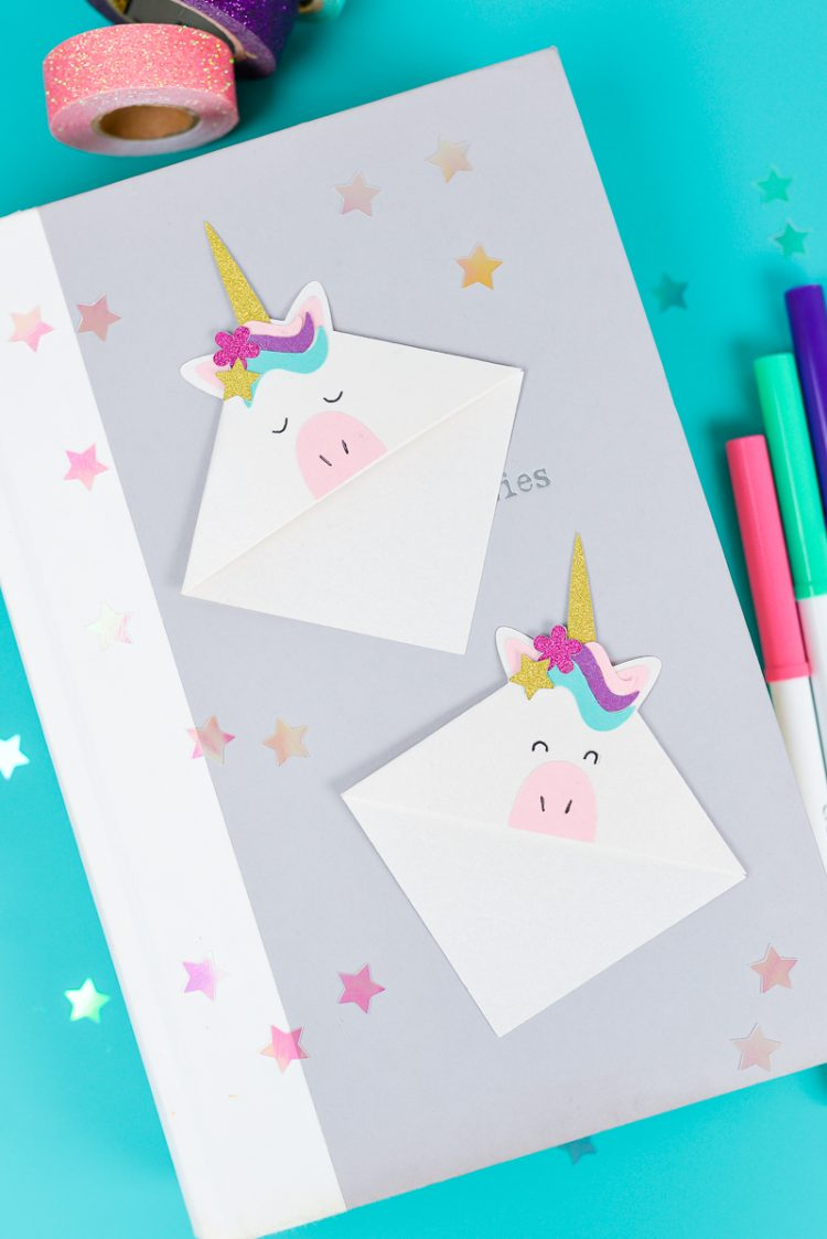 Make these adorable little unicorn bookmarks! The perfect craft for any time you're diving into a particularly whimsical book. A FREE SVG and DXF download.