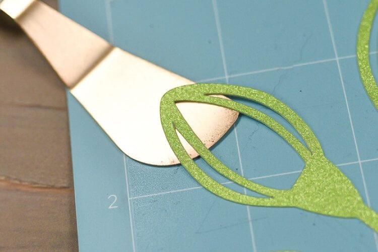 Tips for Removing Materials from Your Cricut Mat
