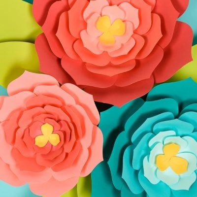 Giant Paper Flowers: Template + Tips and Tricks to Make It Easy