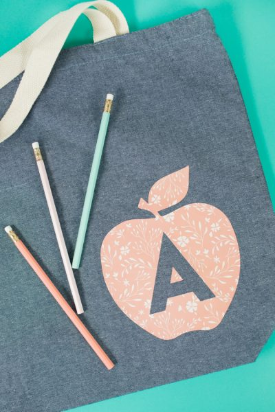 Last Minute Teacher Gift Idea: Apple Tote Bag