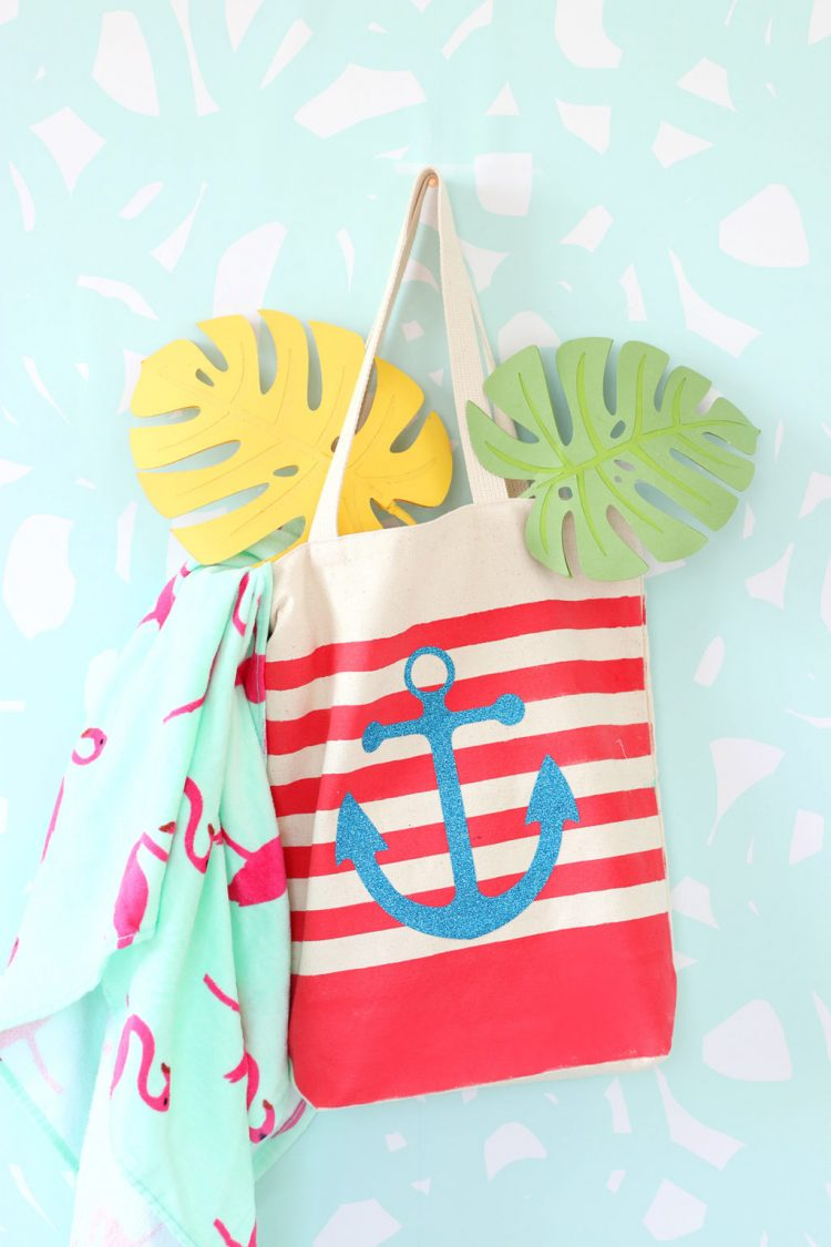 New to using your Cricut? These Cricut projects are perfect for beginners. Get your feet wet with these fun but easy Cricut crafts using your machine.
