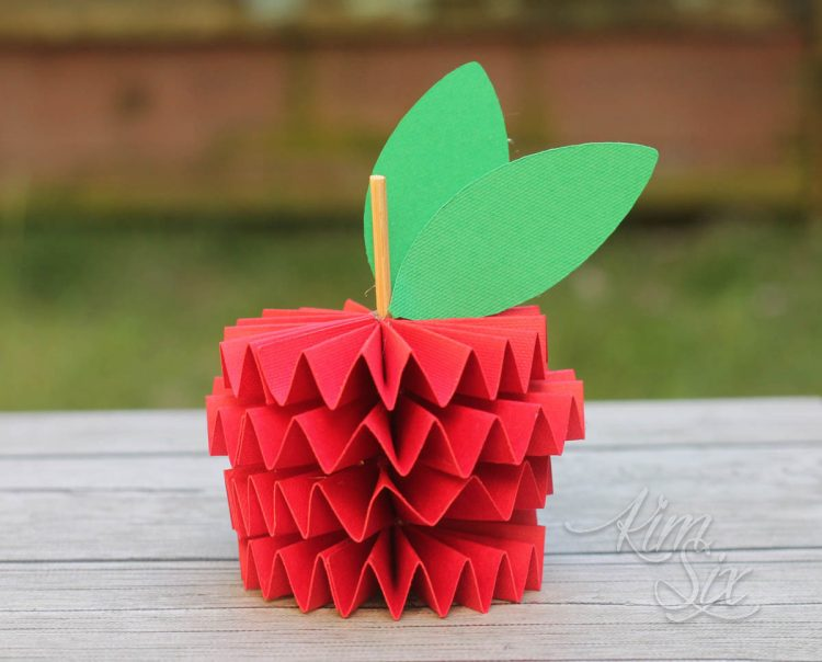 How to Make a 3D Folded Paper Apple