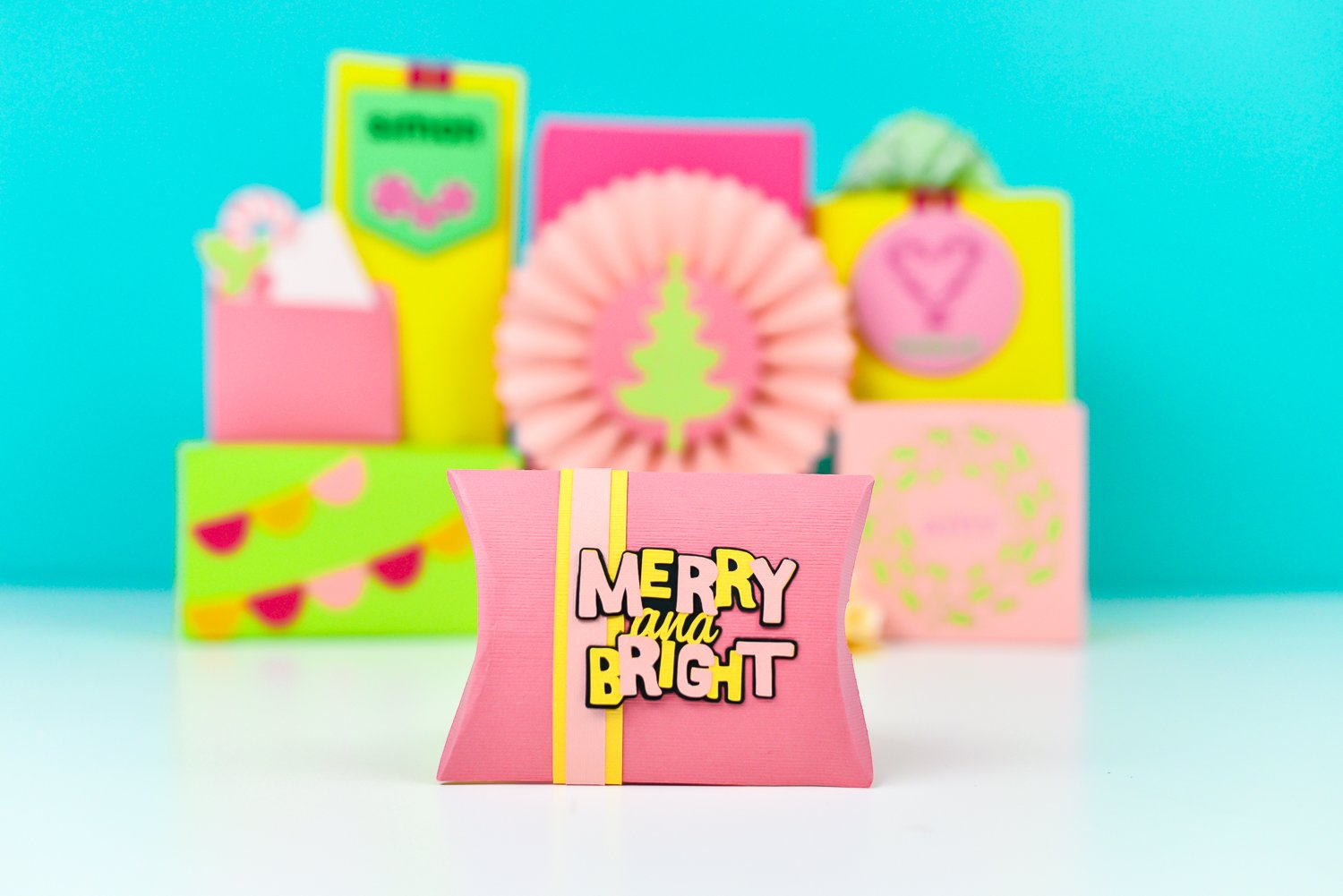 Merry and Bright Pillow Box