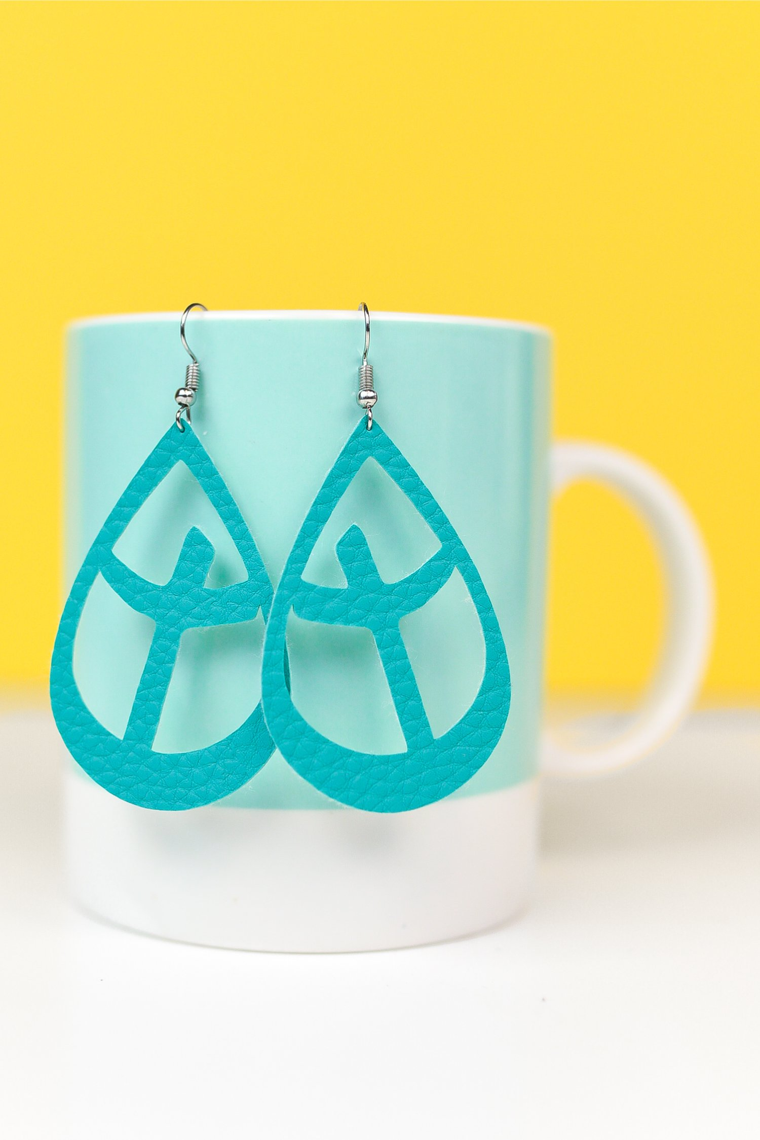 Use your Cricut to make these beautiful faux suede cross earrings. They are perfect for Easter or any time you need a little reminder of what's important.
