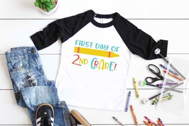 Before you know it school will be back in session! Get those little students of yours ready for all those cute and memorable first day photo ops with this fun First Day of School SVG Bundle.