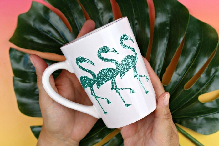 Brighten up your morning and your kitchen with some glittery flamingo mugs. Madincrafts.com shares the pattern, all you need is your Cricut and a few materials.