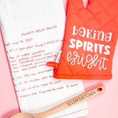 Personalized Christmas Gift: Baking Set with the Cricut
