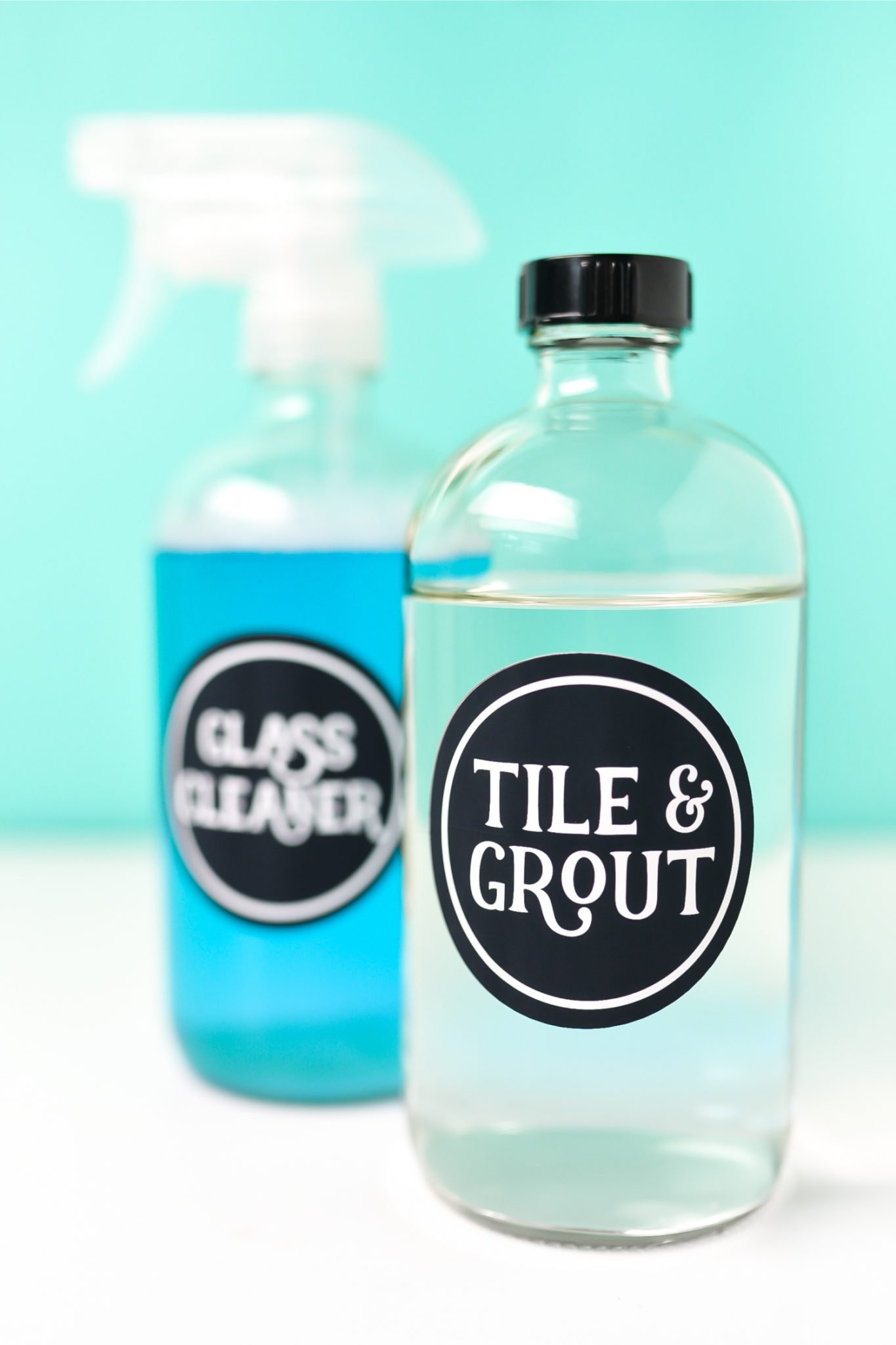 Use printable vinyl to make all sorts of stickers, labels, and decals! Here's everything you need to know about using printable vinyl, as well as a set of cleaning labels made from printable vinyl and cut on a Cricut!