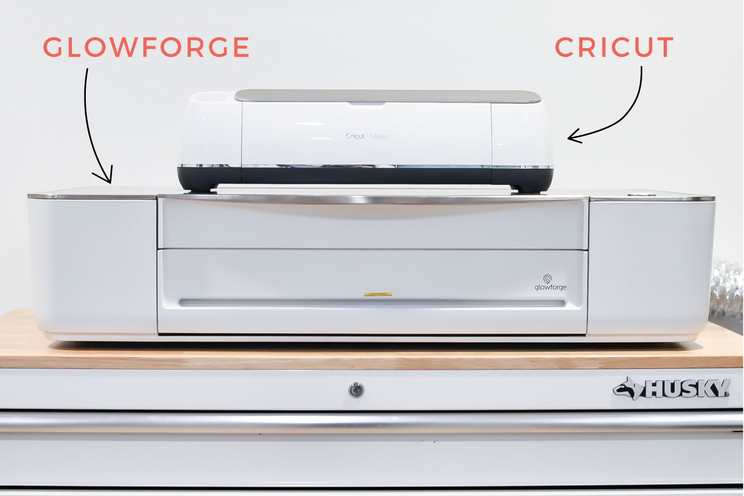 Glowforge and Cricut size comparison.